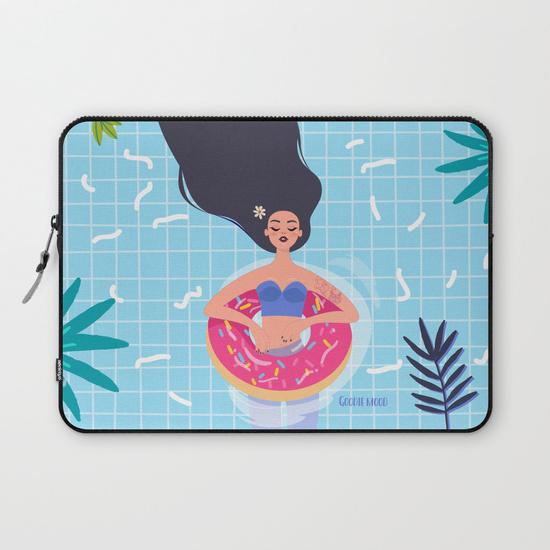 laptop pochette ordinateur illustration fille piscine été