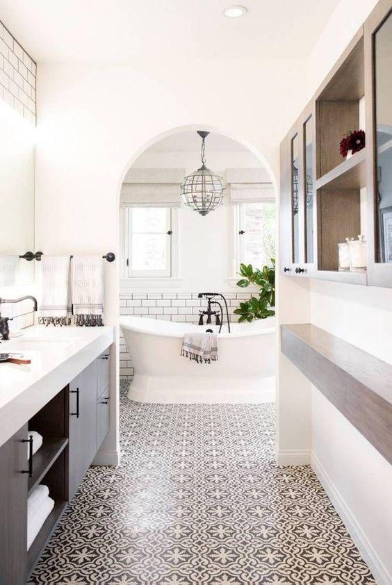 salle de bain de rêve avec baignoire