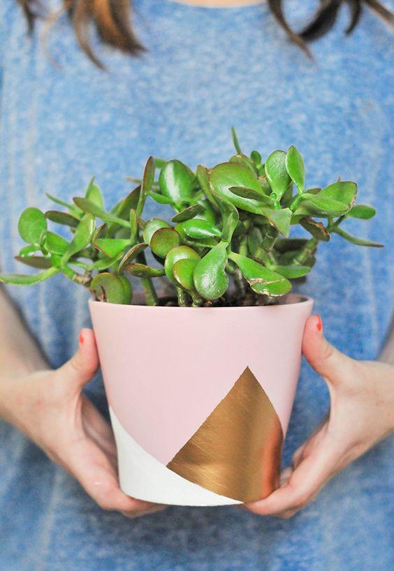 DIY peinture formes géométriques dur un vase