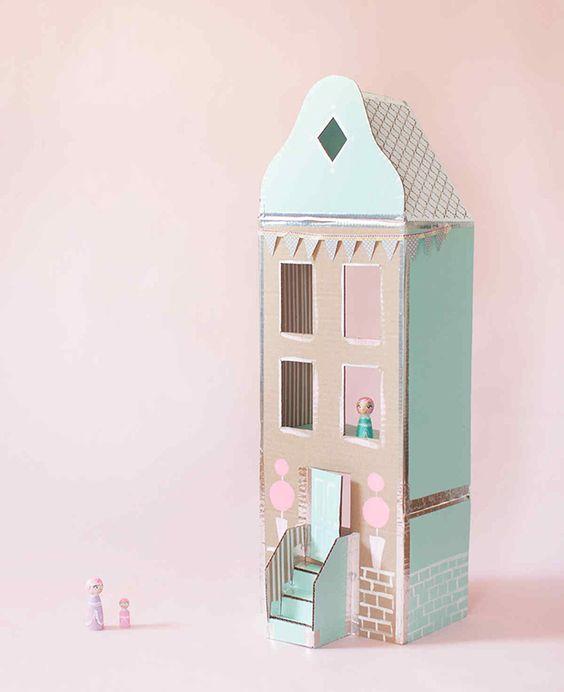 DIY maison de poupée en carton