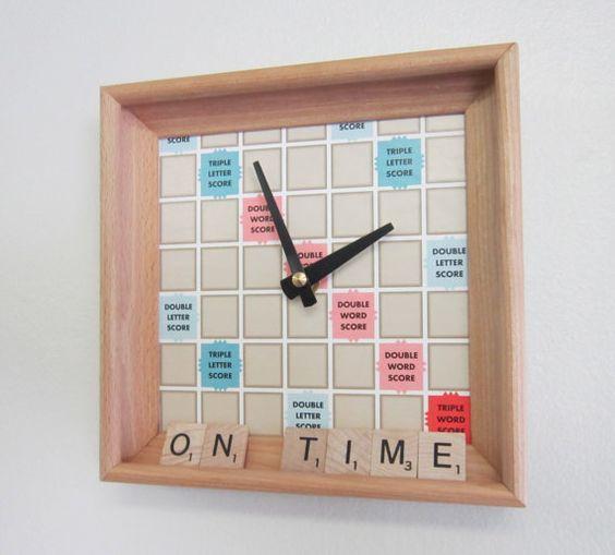 DIY Créer une horloge avec un Scrabble