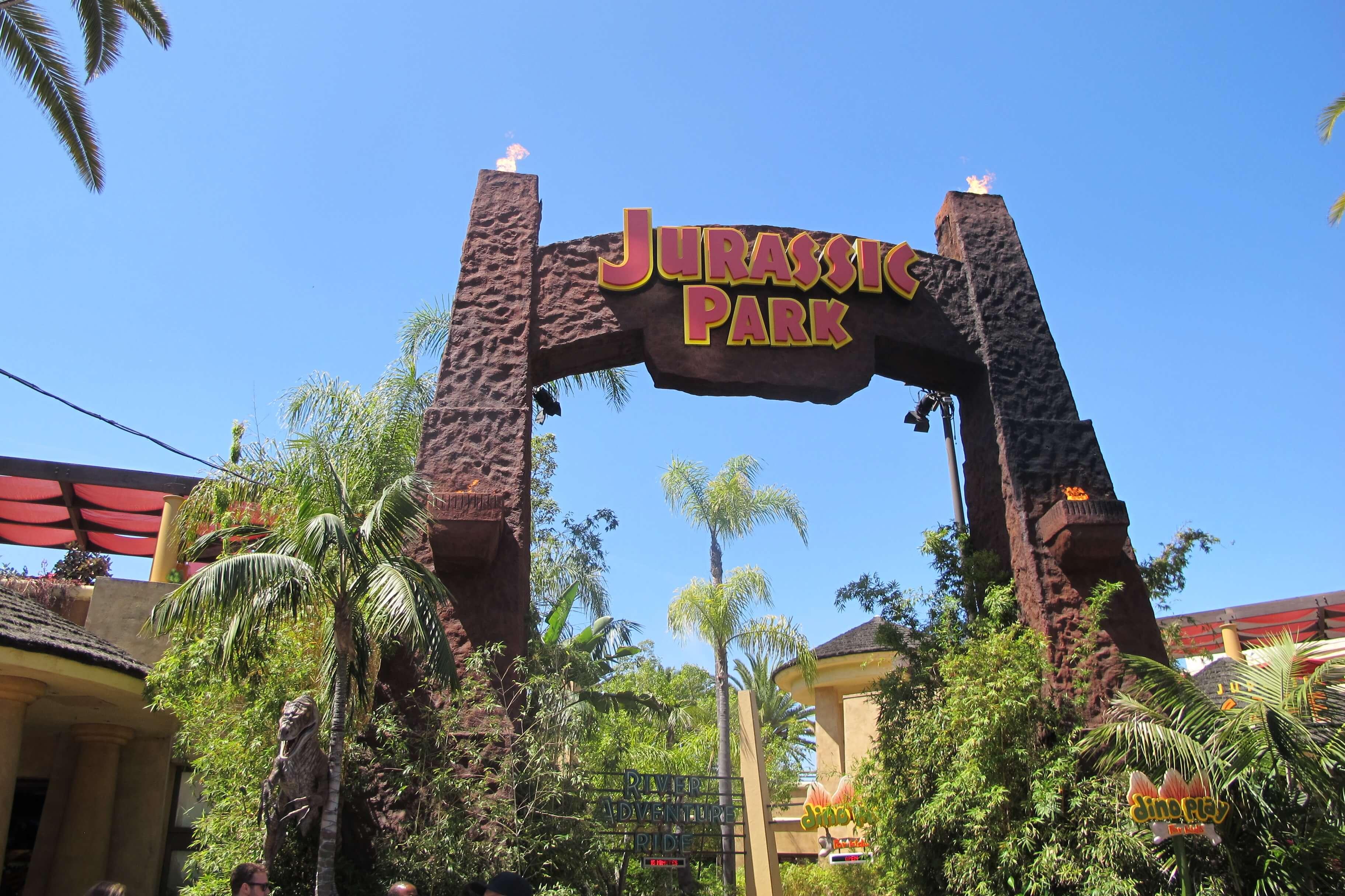 🦖🌴Jurassik Park à Universal Studios d'Hollywood ! Sur Goodie Mood, le blog Feel Good d'une française expatriée à Los Angeles. #universalstudios #hollywood #californie #expat #LosAngeles #Attraction #Parc #HarryPotter