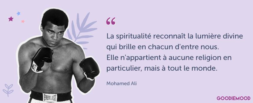 """""""La spiritualité reconnaît la lumière divine qui brille en chacun d'entre nous. Elle n'appartient à aucune religion en particulier, mais à tout le monde."""" Citation de Muhamma Ali #citation #muhammadali #spiritualite"""