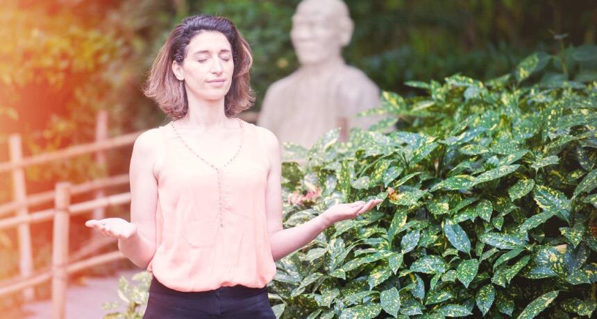 portrait de Claire Thomas, medium et karmathérapeute