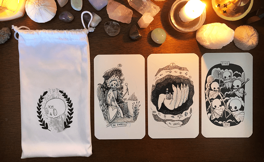Skeleton Tarot Deck, photo of the deck